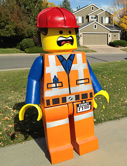 Everything is awesome with this costume of Emmet the main character from The LEGO Movie. This costume features a two-sided face for different expressions. & Brack Daddy Brand | LEGO Costumes